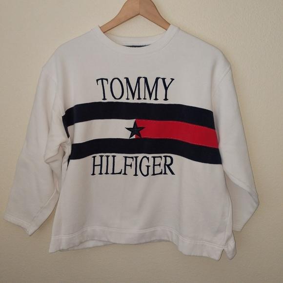 9275b92cc Tommy Hilfiger Vintage Crew Neck Sweatshirt. M 5b64be23f63eeab1ca431835